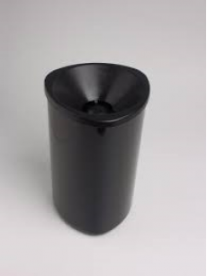 Cuspideira de Plástico Preta 2 Lts